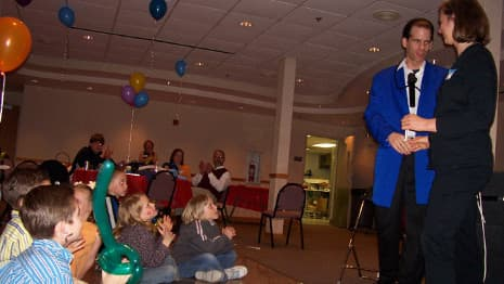 Comedy Magician performs The Famous Rope Trick before an audience of children and adults!